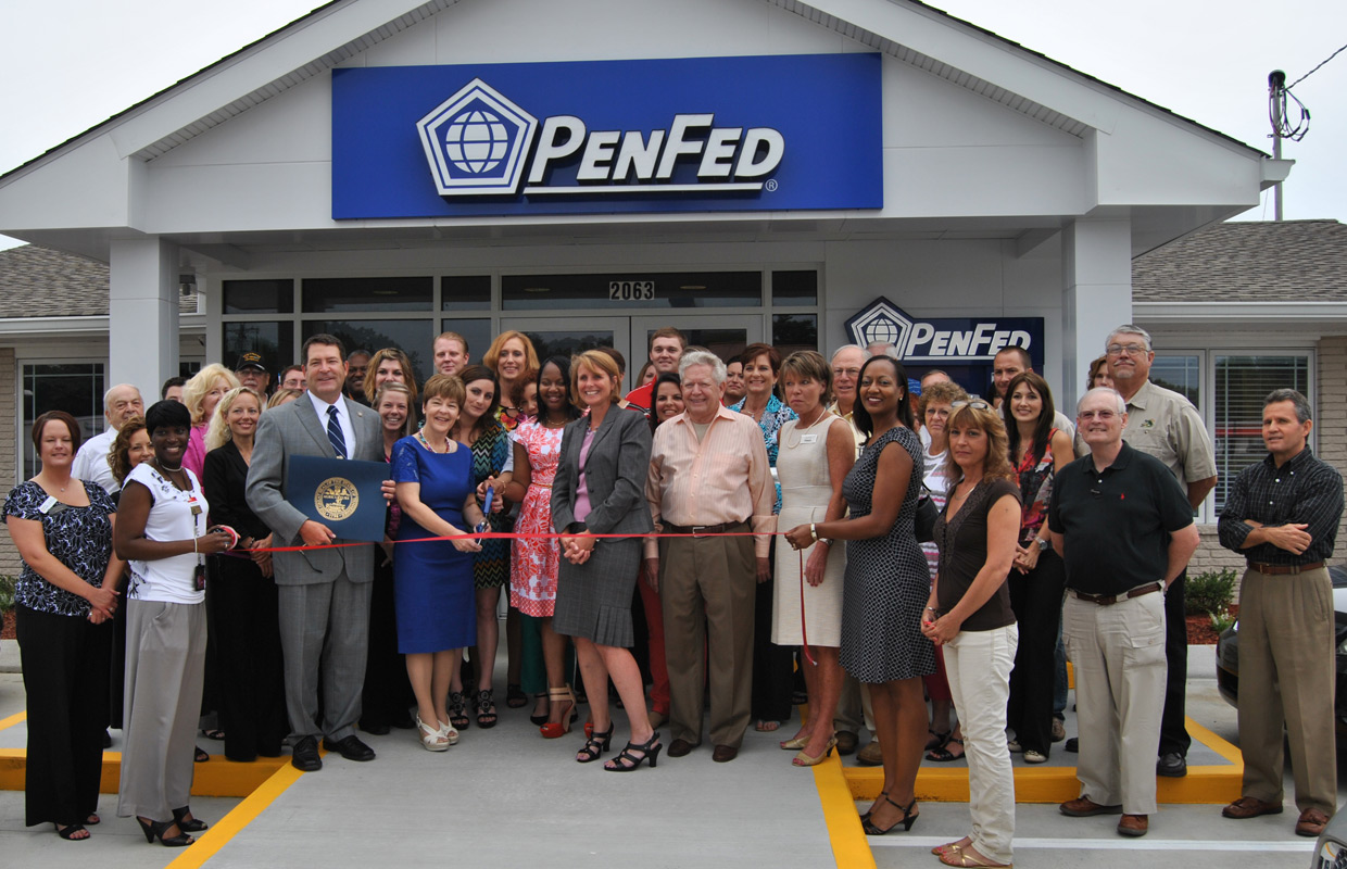 Pen Fed Credit Union >> Chamber Welcomes Penfed Credit Union To Clarksville