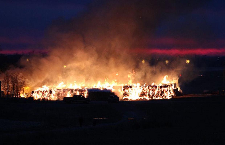 Fire Destroys Barn On Dunlop Ln Clarksvillenow Com