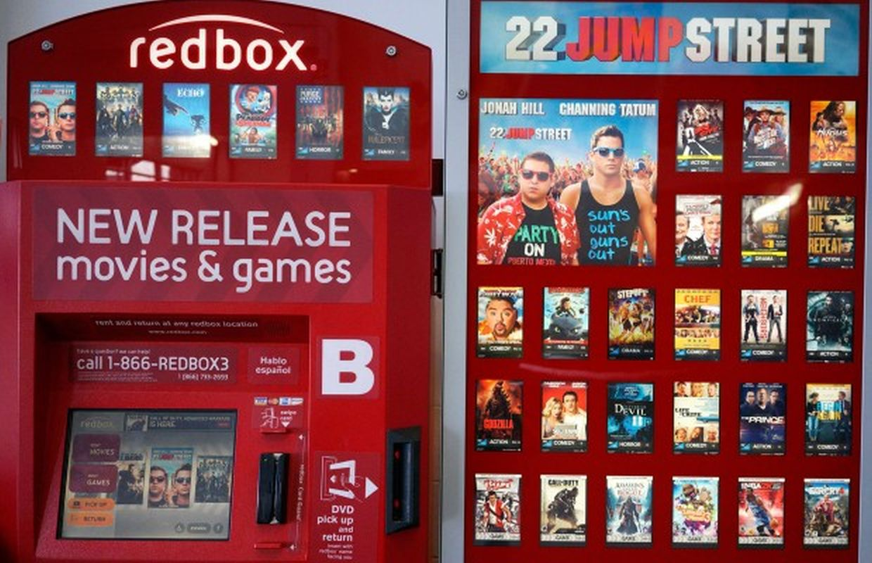 Just click on it and proceed to the store website where you can explore movies and games at your leisure. Click JOIN REDBOX PLAY PASS to join, click a movie and the RESERVE DVD button (to pick up your blu-ray or DVD at a location of your choice) or head to REDBOX GIFTING to .