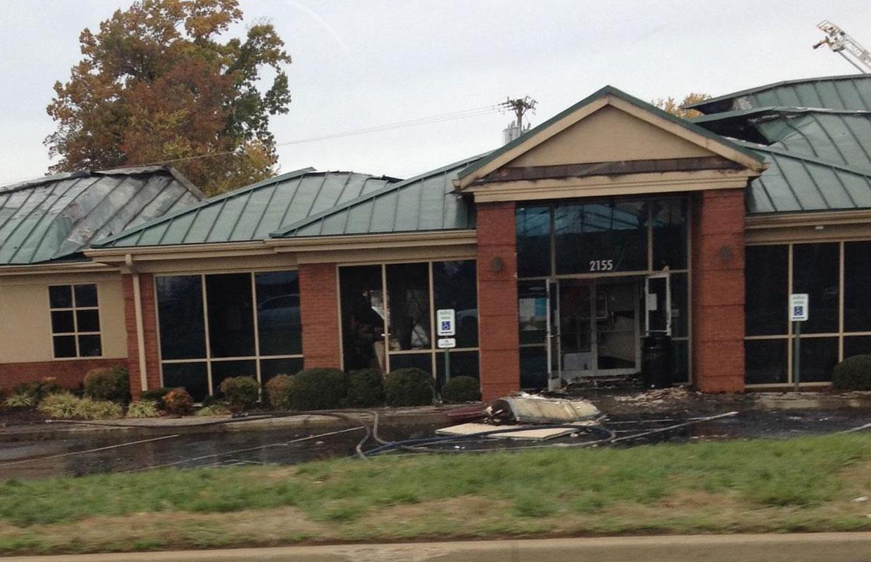 fire destroys regions bank on lowes dr. Black Bedroom Furniture Sets. Home Design Ideas