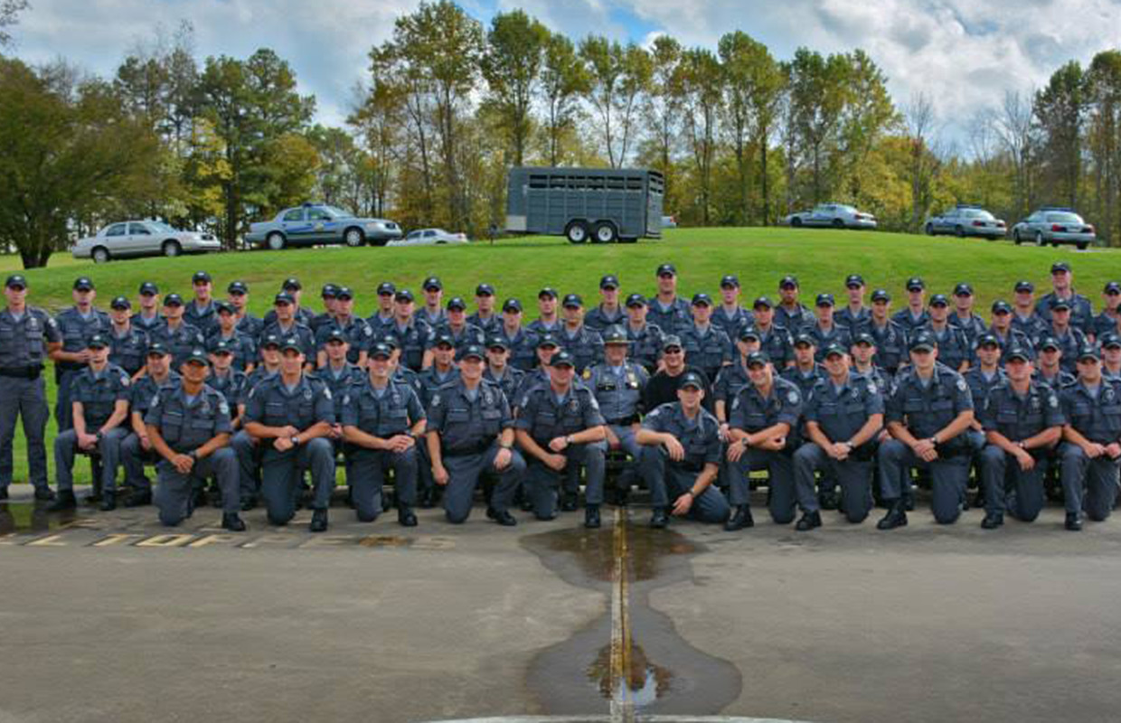 Kentucky State Police accepting applications for Academy ...