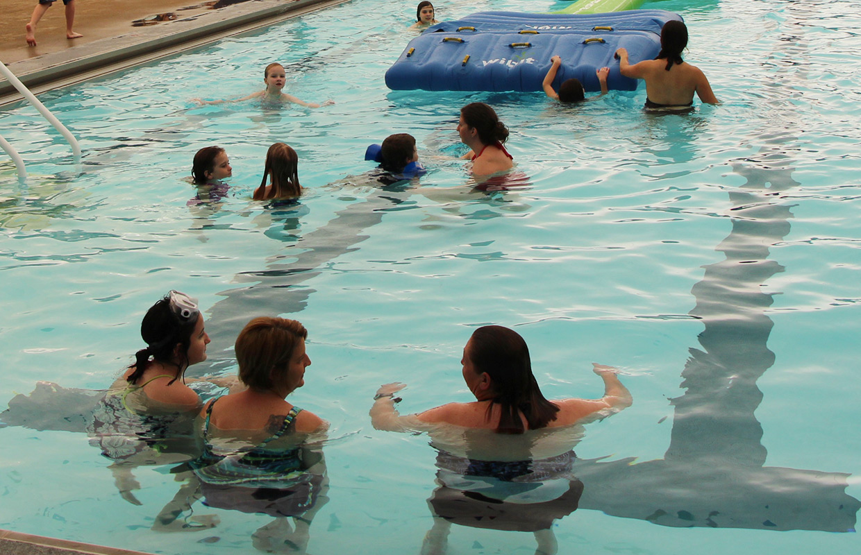 Adults Can Join Water Polo League At Clarksville 39 S Indoor Pool