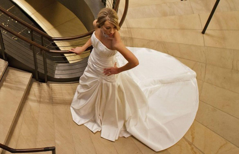 Rivergate Goodwill Hosting Wedding Dress Sale Clarksvillenow