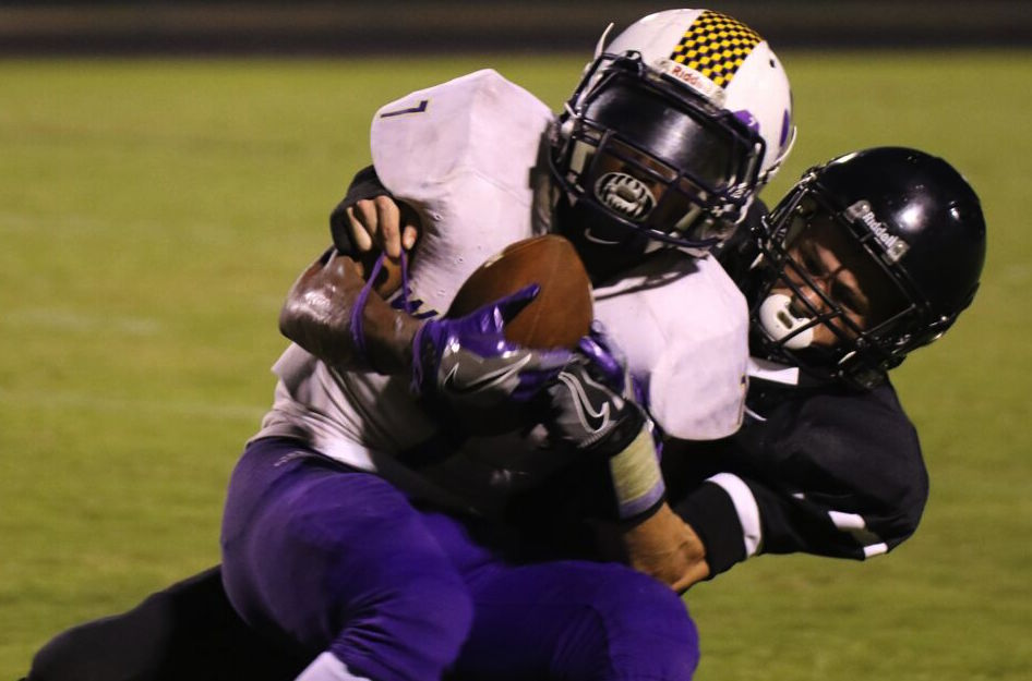 Key turnovers help Clarksville High beat Kenwood Knights ...