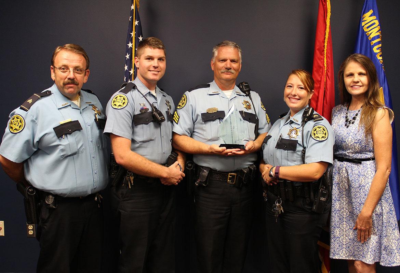 inneshiek county sheriffs officials - HD1170×800