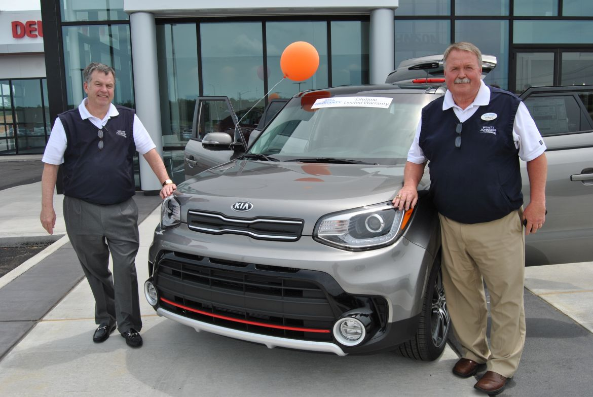 Volkswagen Of Clarksville >> New Wyatt Johnson KIA open for business | ClarksvilleNow.com