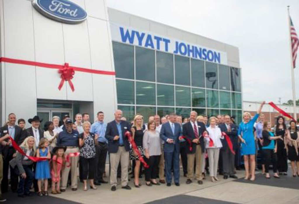 Wyatt Johnson Gmc >> Wyatt Johnson Ford Holds Ribbon Cutting For Thompson Lane Location