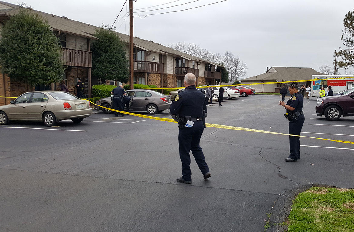 Clarksville Now Photo  CPD. Man in critical condition after shooting at Belle Forest Apartments