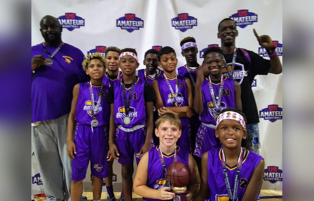 Clarksville Basketball Team Takes Second in National Tournament